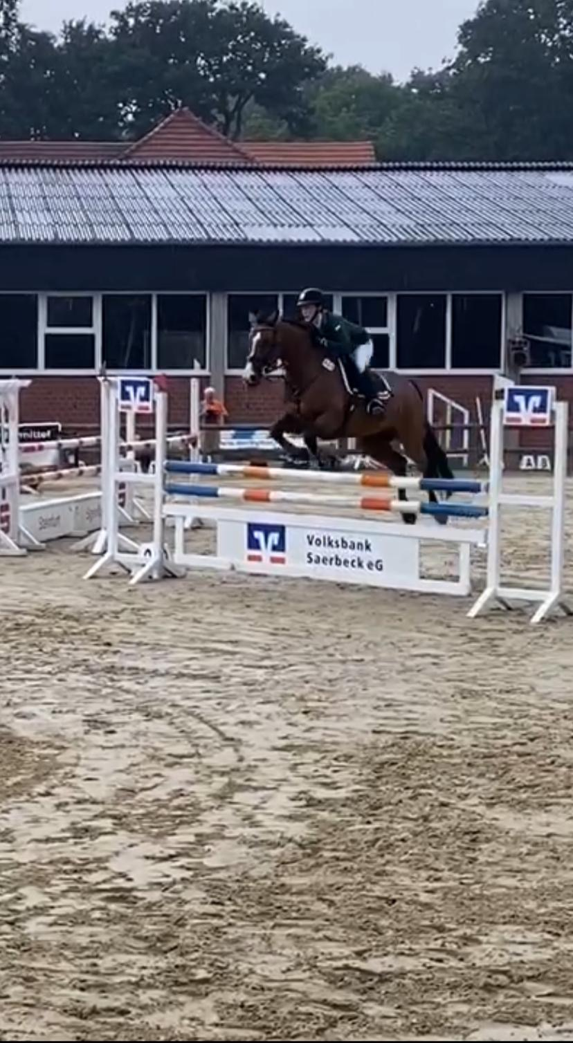 Henrike Holtmann Uphoff mit Lucy in the Sky Saerbeck2020